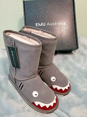Emu australia kids, new with box! Size 2. Shark design. Deluxe wool Boots