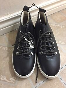 Zara leather shoes. NEW WITH TAG