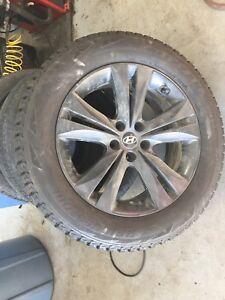 P235/60/18 Bridgestone Blizzak DM-V1 on Hyundai Alloy Wheels