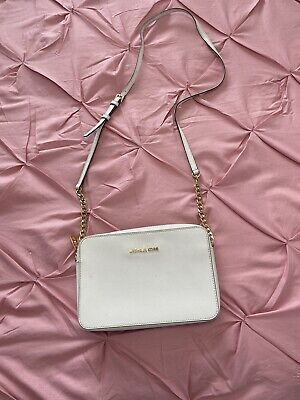 Pre Owned White Authentic Micheal Kors Jet Set Cross Body Bag