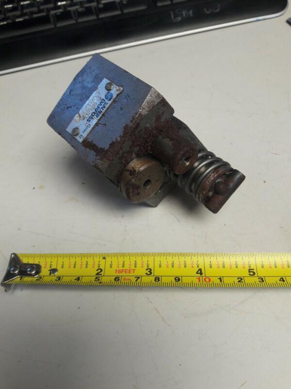 Sauer Danfoss LVA12134 Control Valve 082D ~ New, Old Stock has rust