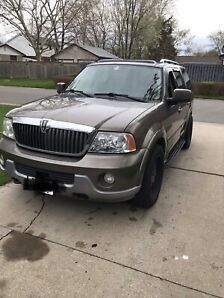 LOW KM 4X4 2003 Lincoln Navigator