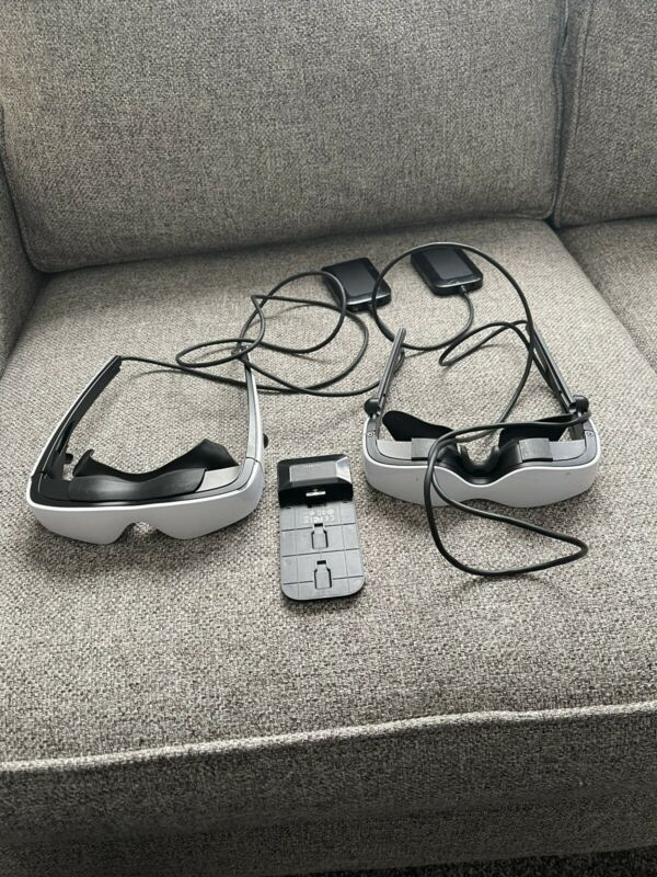2pair Zeiss Cinemizers OLED  gogglesSeller Refurbished $250 Apiece $500 For 2