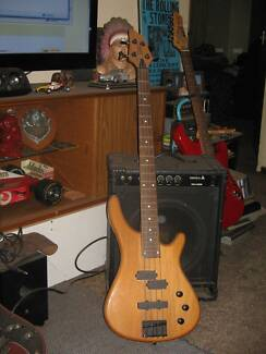 Freedom Electric Bass and Samick SM-25B Bass Amp Armadale Armadale Area Preview