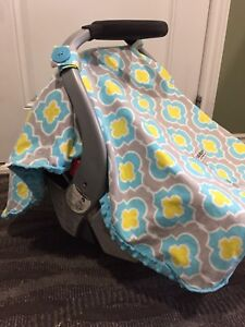Car seat canopy/cover/blanket *Great condition