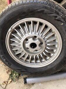 Commodore SLE wheels