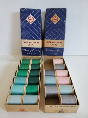 Vtg COATS & CLARKS LOT OF 21 SPOOLS SEWING THREADS w/ BOXES GREENS GREYS BLUE