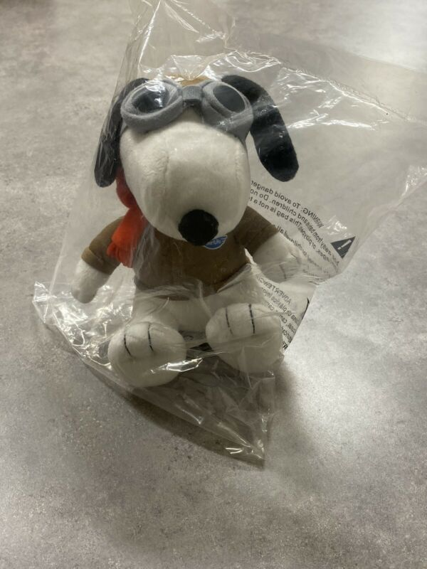 """Peanuts 6"""" Metlife Snoopy Doll Pilot Aviator w/ Goggles & Scarf - Free Shipping!"""