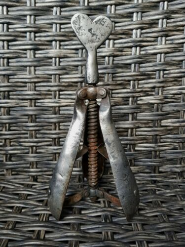 17th C. EXTREMELY RARE ANTIQUE IRON PEAR OF ANGUISH OR CHOKE PEAR TORTURE INST.
