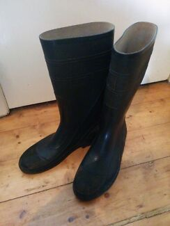 Rubber boots and explorer socks (farm and fishing boat) Brockman Carnarvon Area Preview