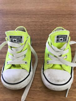Converse Kids/toddler  Size 6 Neon Yellow