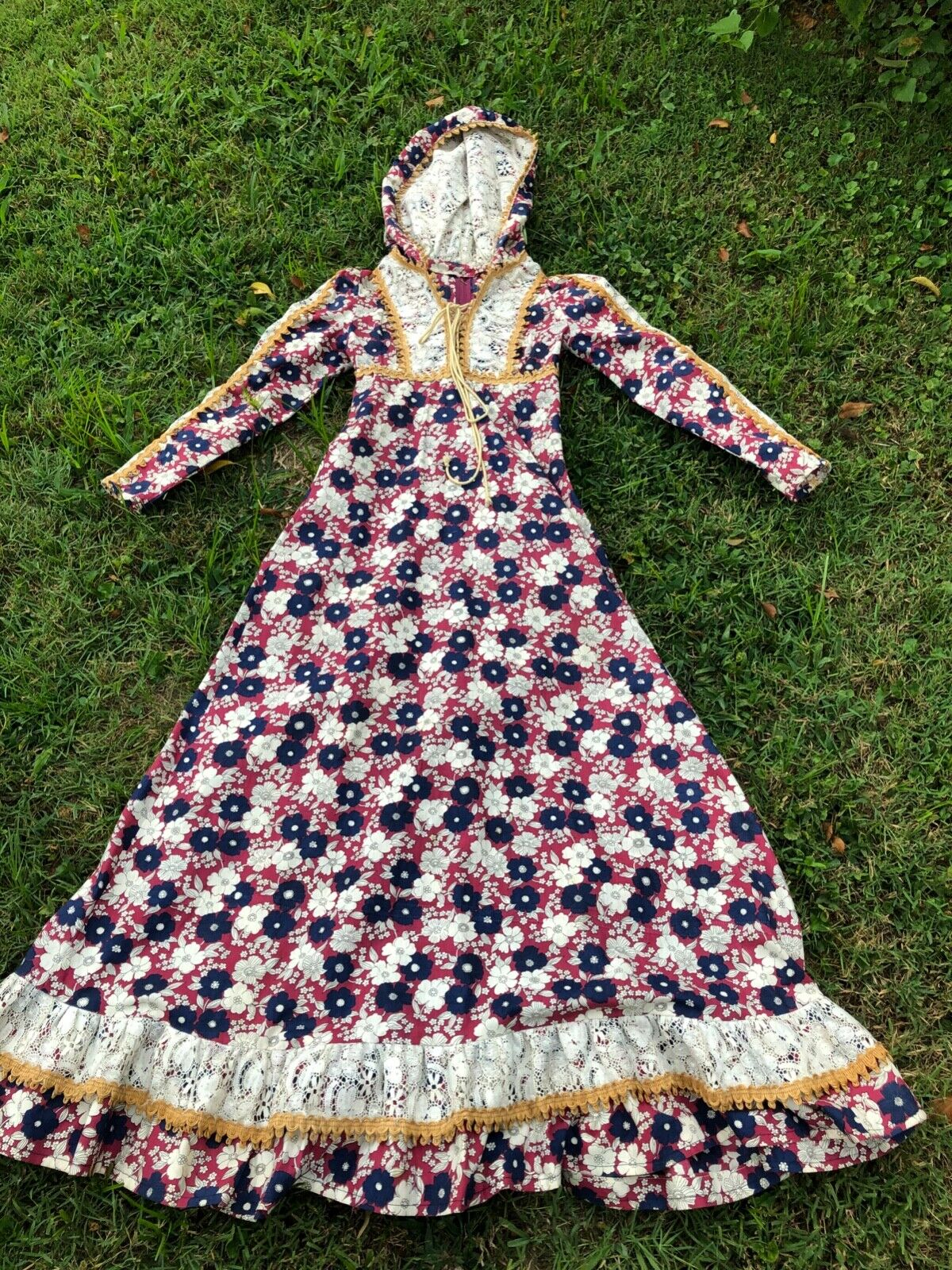 Hooded vintage Gunne Sax rare print prairie dress 1969 cottagecore