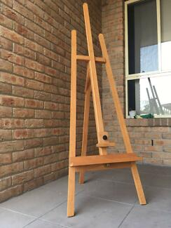 Winsor & Newton Mersey Studio Easel Pick-up only