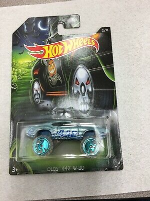Hot Wheels 2017 Happy Halloween Olds 442 W-30 2/8 New On Card B18