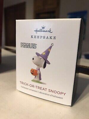 HALLMARK 2018 Trick-Or-Treat Snoopy Peanuts Mini Miniature Halloween ORNAMENT