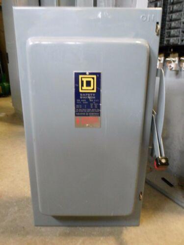 SQUARE D H364, 200 AMP, 600 VOLT, 3 PHASE, 3 WIRE, SERIES D, FUSIBLE DISCONNECT