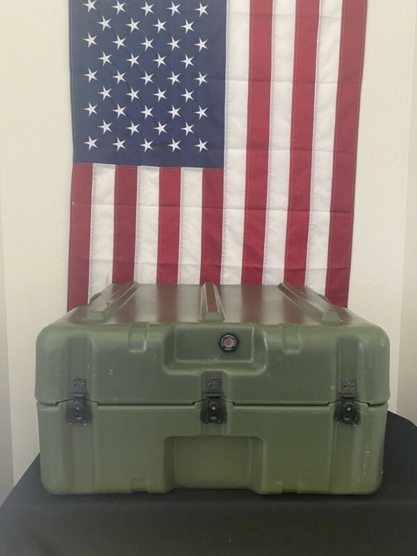 Pelican Hardigg Weather tight Military Transport Case- 25 x 24 x 14