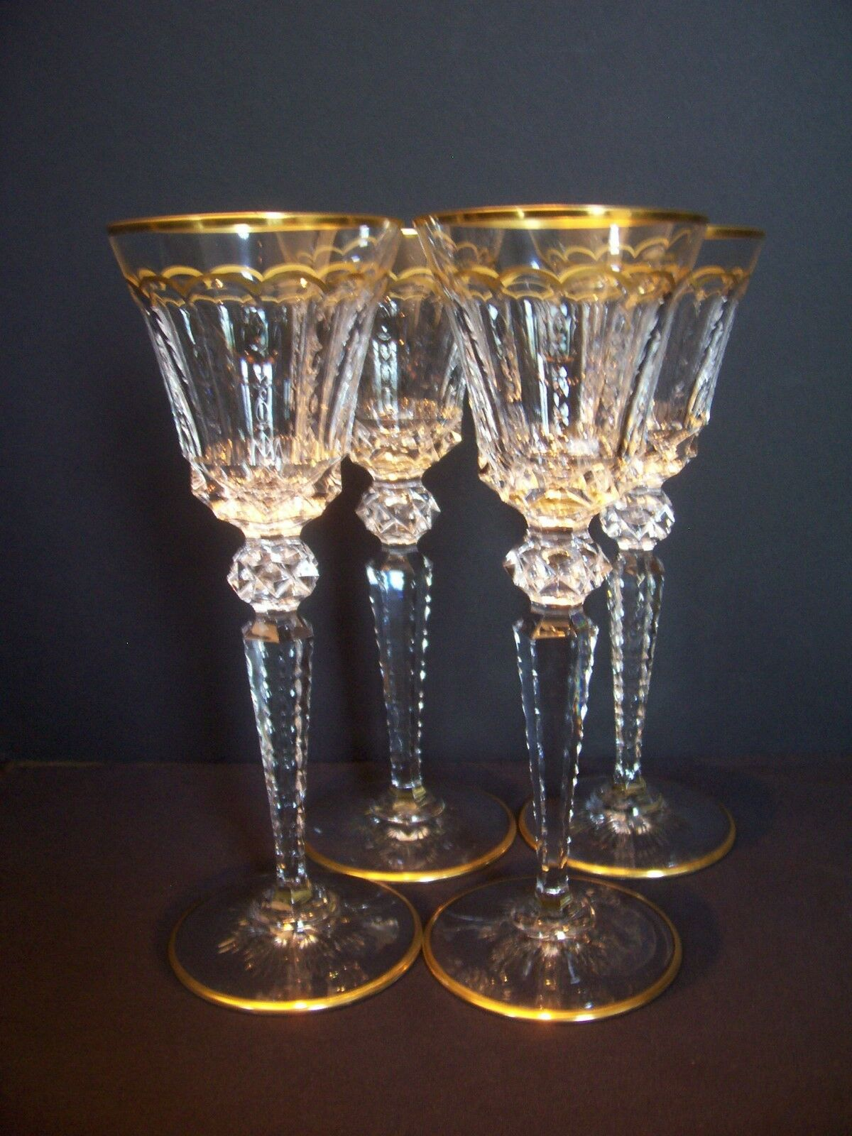 Купить ONE GOLD ENCRUSTED SAINT LOUIS CRYSTAL GOBLET EXCELLENCE PATTERN 9 3/4 SIGN