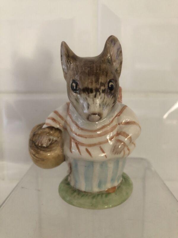 Beatrix Potter's Mrs. Tittlemouse Figurine 1948 Beswick England *Please Read