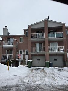 4 1/2 for Rent Pierrefonds area