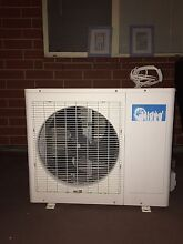 Midea Air conditioner for sale Greenacres Port Adelaide Area Preview