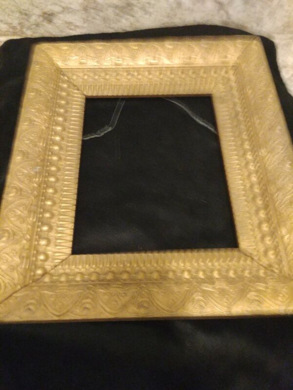 ANTIQUE ORNATE GOLD GILT GESSO WOOD VICTORIAN PICTURE FRAME 13.5 X15.5