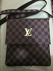 Black leather Damier Louis Vuitton Side bag
