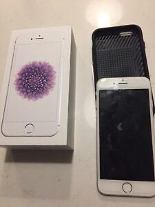 Iphones 6 de 16G Rogers blanc /gris