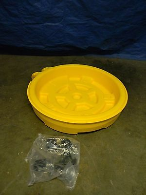 Eagle Mobile Spill Containment Wheeled Drum Tray W Handle 1 Drum 12 Gal 1613