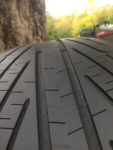 2 Michelin hydroedge tires, like new. 75$ obo