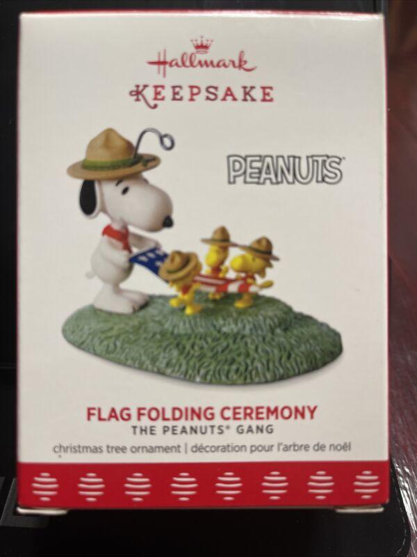 2017 Hallmark Keepsake Peanuts Flag Folding Ceremony Snoopy & Woodstock Ornament