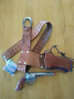 Hubley Rodeo Cap Gun with holster and caps