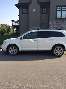 2012 Dodge Journey R/T AWD. Leather.Sunroof.