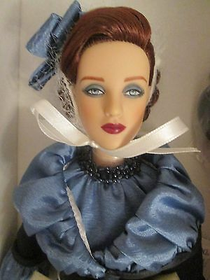 TRANQUIL Tonner Antoinette DOLL NRFB 2010 Beautiful Blue Suit PLEASE READ