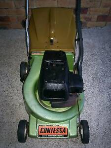 VICTA 2 STROKE LAWN MOWER.SERVICED,RELIABLE,ORIGINAL.CATCHER! Runcorn Brisbane South West Preview