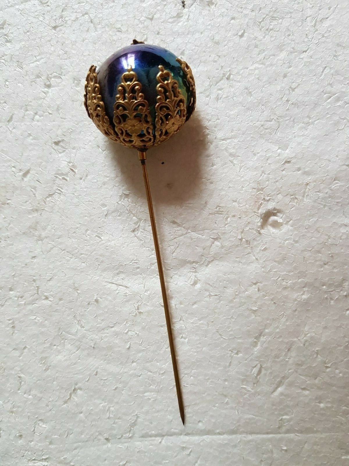 Ancienne Épingle a chapeau 12 cm grosse perle nacrée hématite et laiton fleur