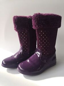 Clarks Purple patent suede and faux fur girls boots size 25 rrp $79.95 Lindfield Ku-ring-gai Area Preview