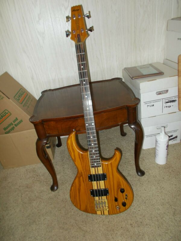 Aria Pro II SB-900 Bass Guitar.  Ash body.  Maple/walnut neck.  Oak finish.