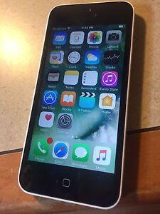 Iphone 5c  16 gigs telus/koodo
