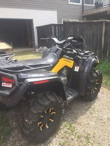 Like new Can am 800