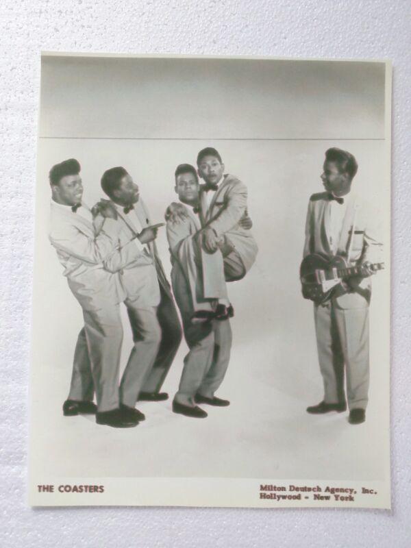 R&B GROUP 1950s PUBLICITY PHOTO PRINT: THE COASTERS (#1) Milton Deutsch Agency