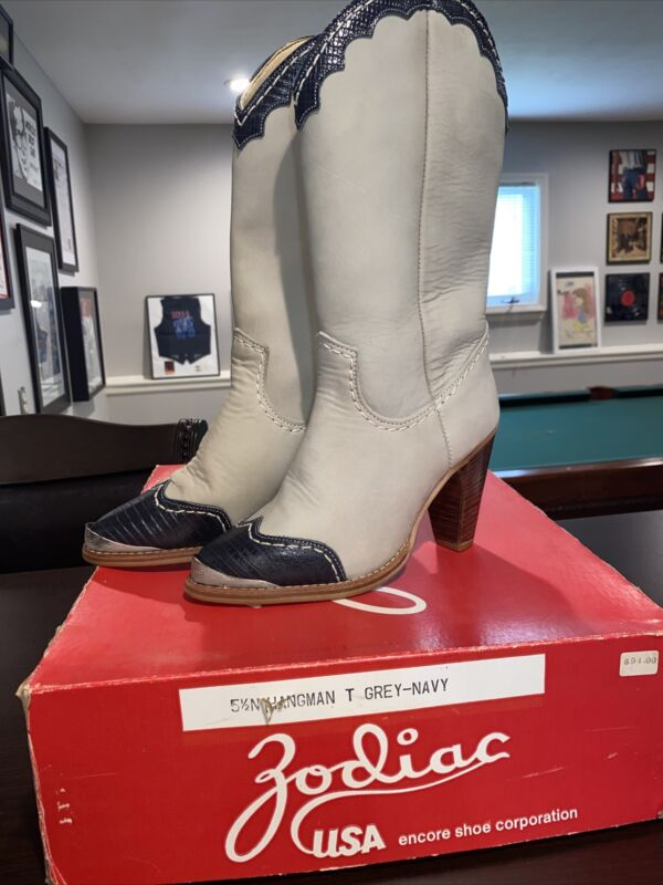 Vintage NOS NIB Leather Zodiac Western Boots Ladies Sz 5.5 N Gray With Navy Trim