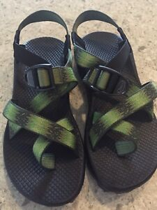 Chaco Z/2 Size 7 Adjustable Sandals