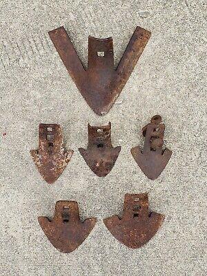 6 Antique Metal Square Hole Farm Plow Points - Impliment Baldes.