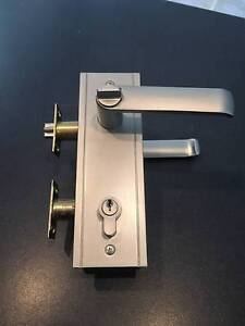 Front Door Entrance Lock Deadlock - Very Good Condition Underwood Logan Area Preview
