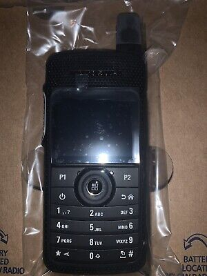 Motorola Sl 7550e Uhf2 Dmr Digital Radio 450-512mhz With Battery Charger Holder