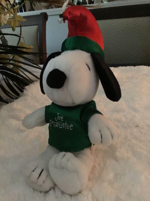 Hallmark Peanuts Plush Snoopy Joe Mistletoe