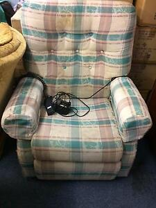 Electric recliner for Elderly or Disability Reedy Creek Gold Coast South Preview