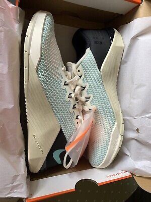 Brand new Nike Metcon 5 womens UK Size 6, US 8.5 Ivory/Turquoise lot RRP £114.95