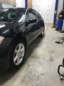 2004 Nissan Maxima fully safetied $3999